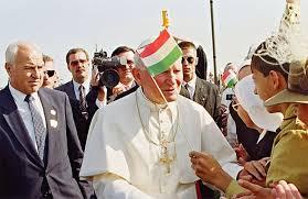 """És én az Ő nevében megölellek titeket"""" - II. János Pál üzenete a magyar  ifjúsághoz – 777"""